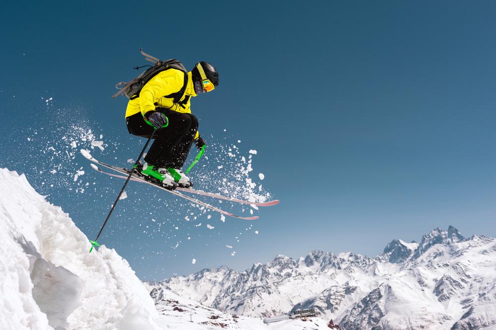 Лыжник в Приэльбрусье