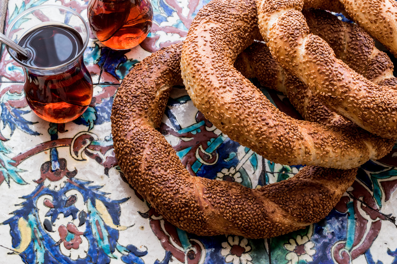 Турецкие бублики и чай
