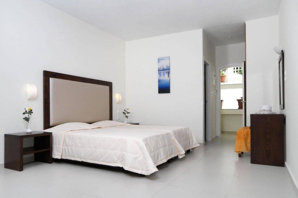 Квартира-студия в Troulis Aparthotel