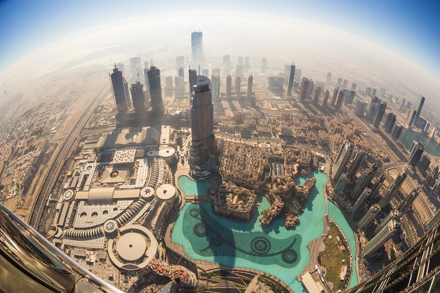 Вид со смотровой площадки Бурдж-Халифа, Дубай, ОАЭ.