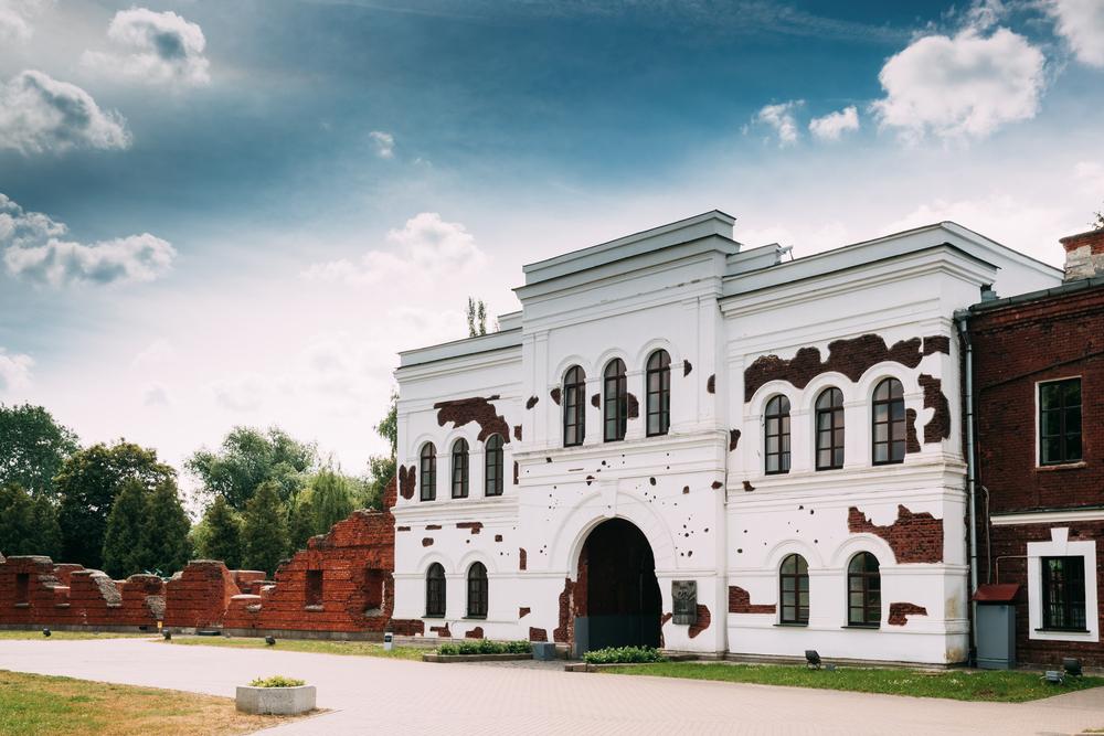 Внутренний фасад Холмских ворот