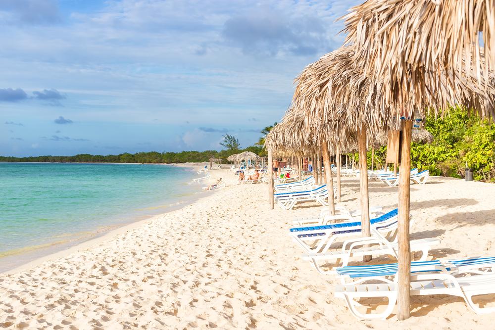 Пляж на острове Кайо-Коко
