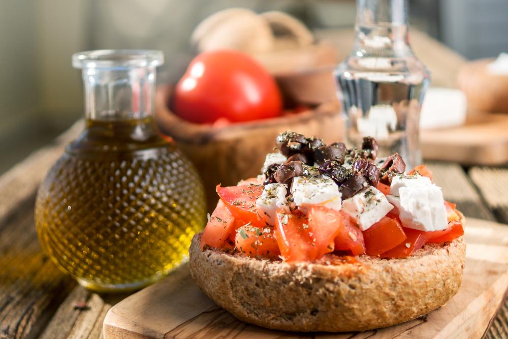 Оливковое масло и закуска мезе