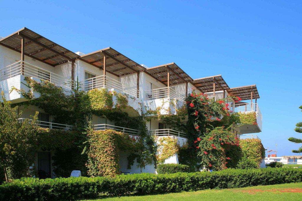 Один из отелей Амудары