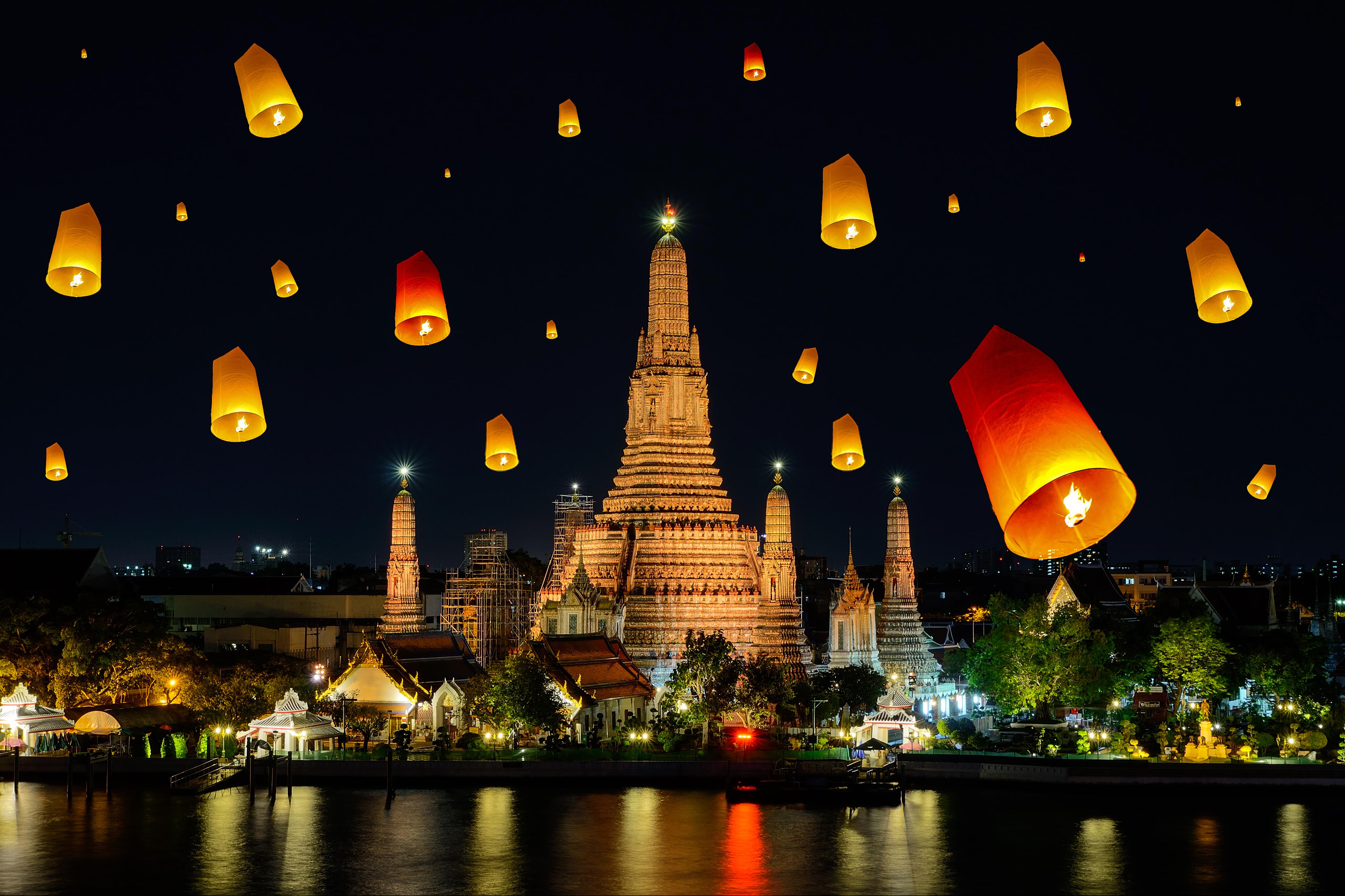 Фестиваль Лои Кратонг в Бангкоке