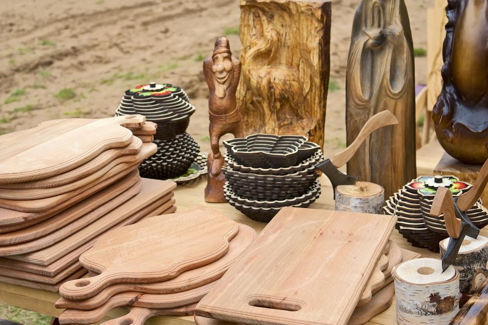 Деревянные предметы ручной работы мастеров Белоруссии