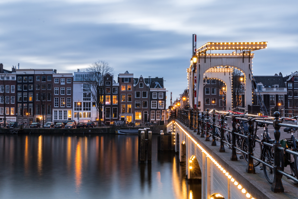 Тощий мост, Амстердам