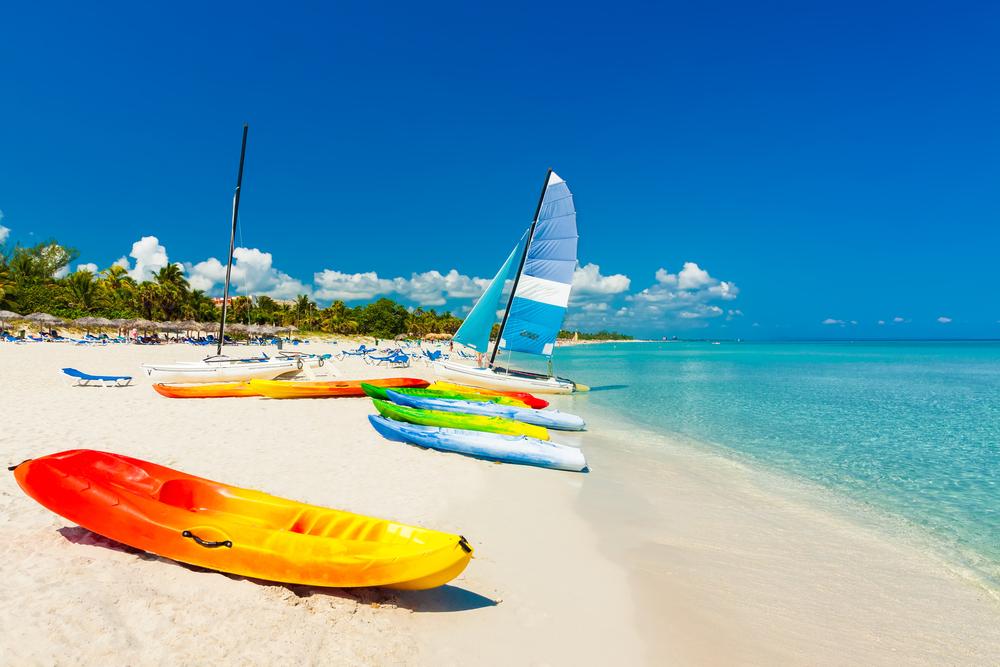 Катамараны напляже Кайо-Коко