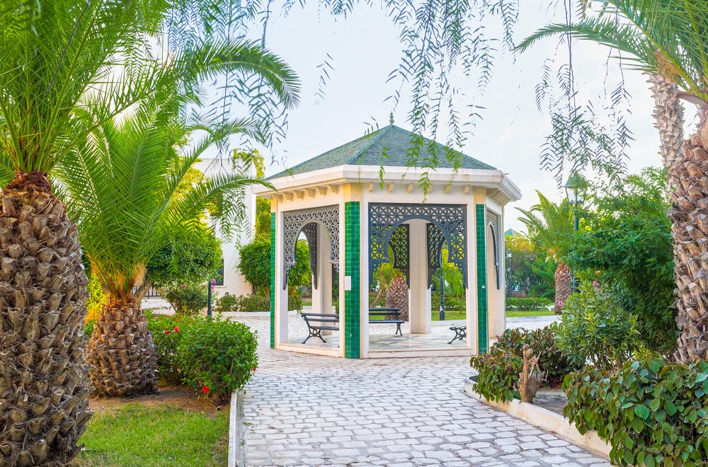 Беседка в парке. Порт Эль-Кантауи, Тунис