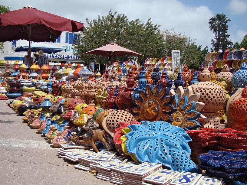 Рынок керамики, Тунис.