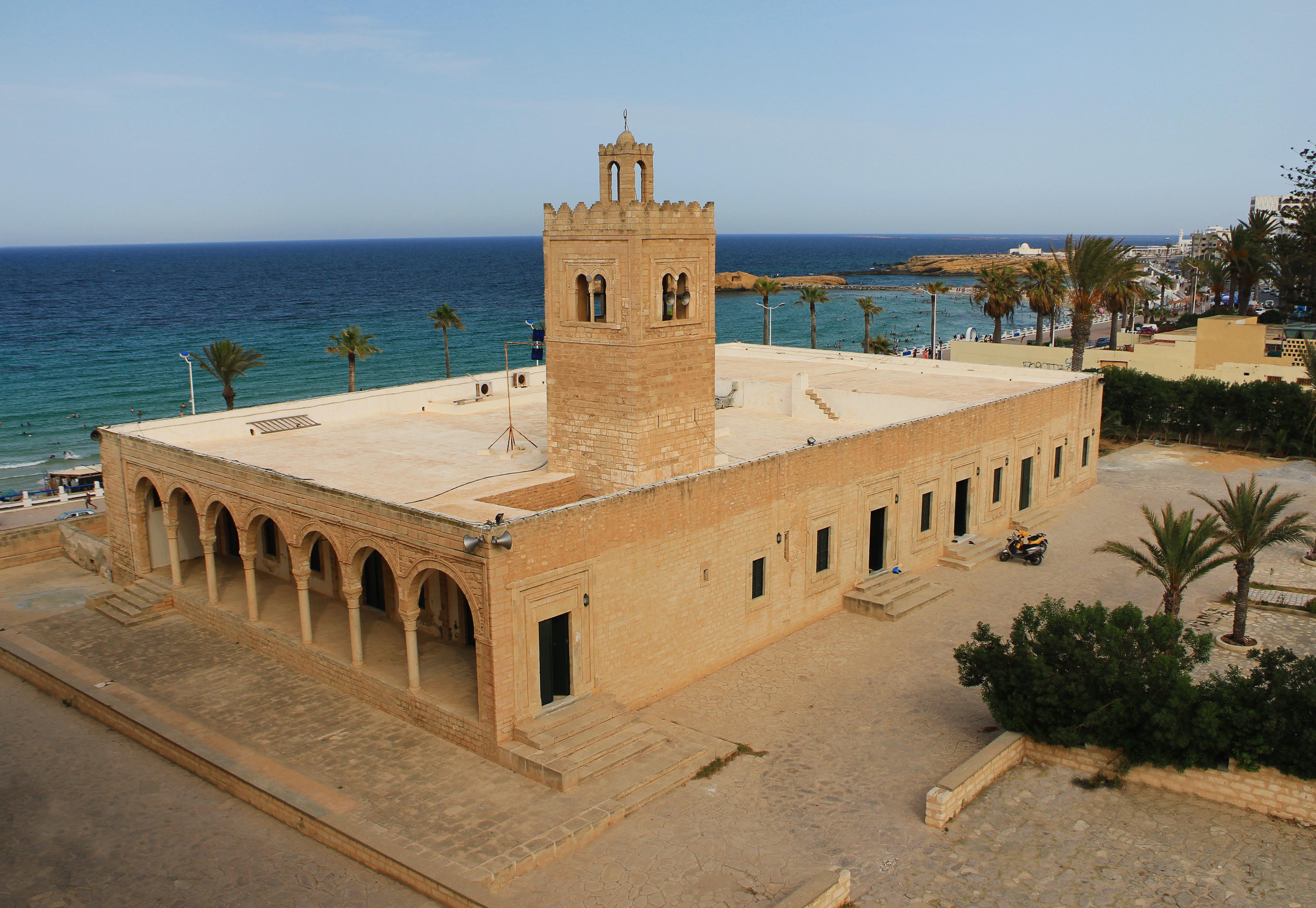 Рибат. Монастир, Тунис