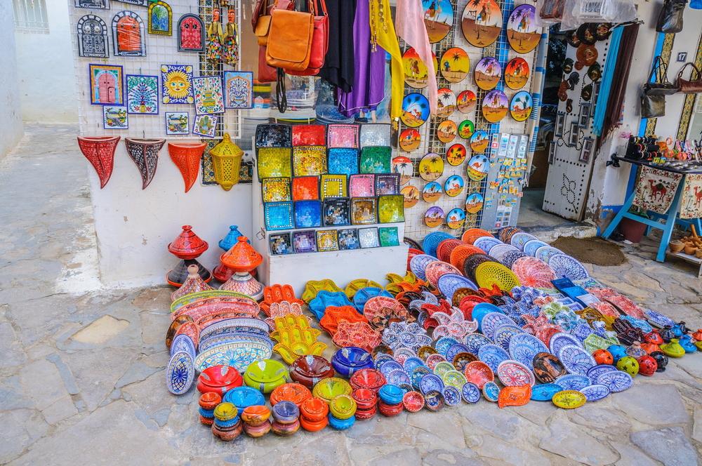 Торговля на улочках Медины. Хаммамет, Тунис.