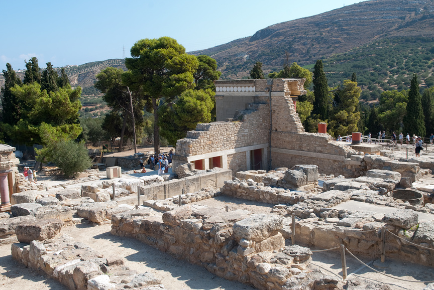 Развалины в районе Кносского дворца. Крит, Греция.