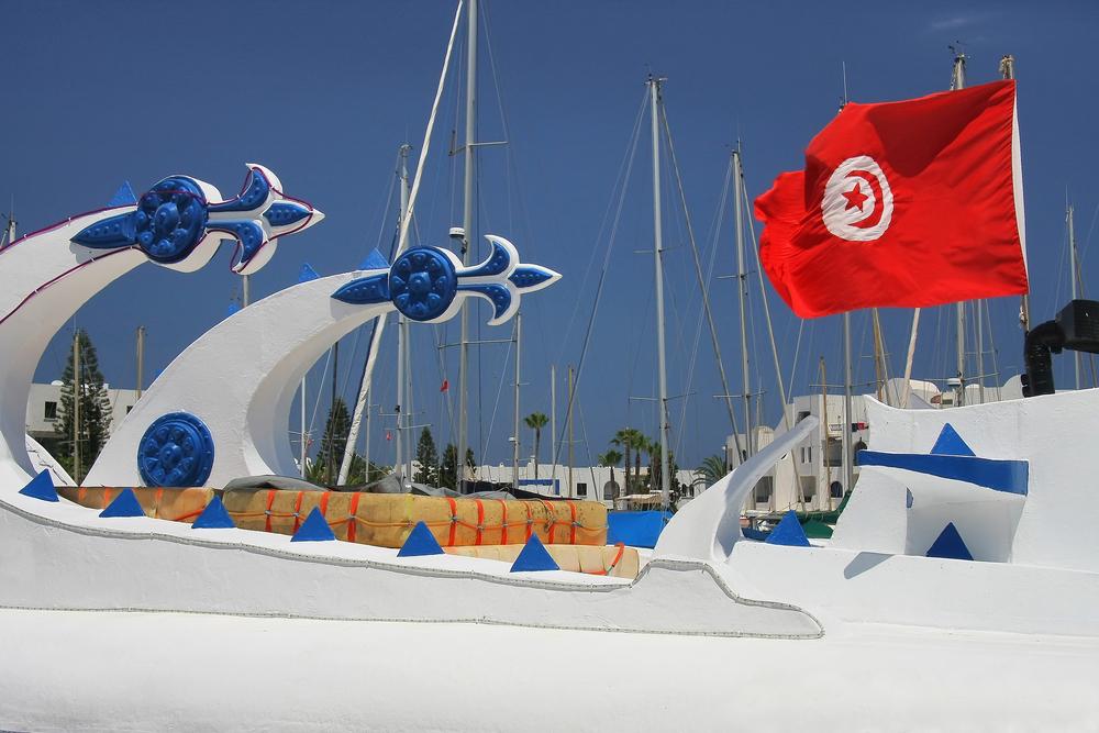Прогулочный кораблик. Порт Эль-Кантауи, Тунис