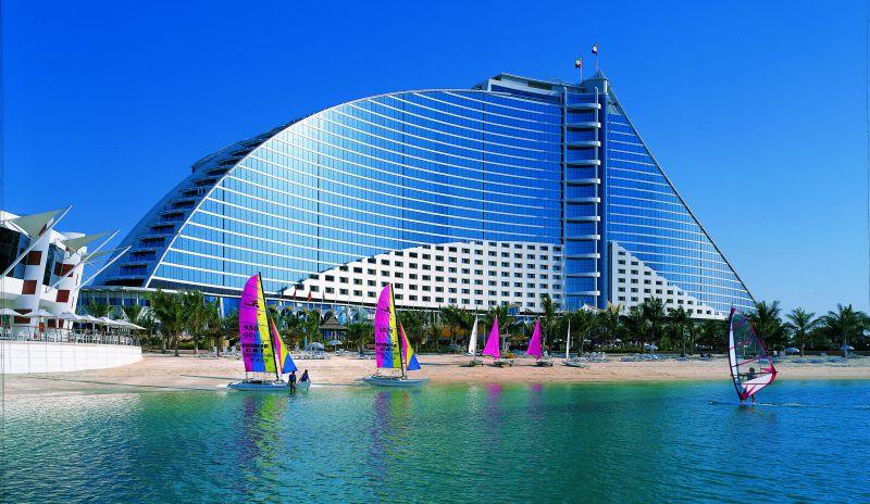 Отель Jumeirah Beach Hotel, Дубай, ОАЭ.