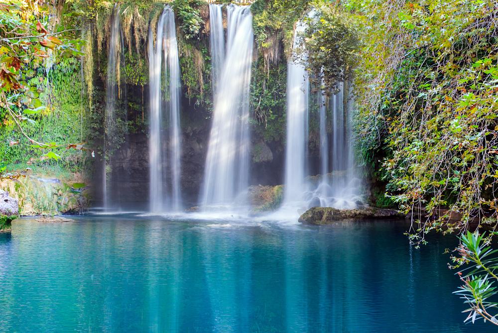 Водопад Куршунлу. Белек, Турция.