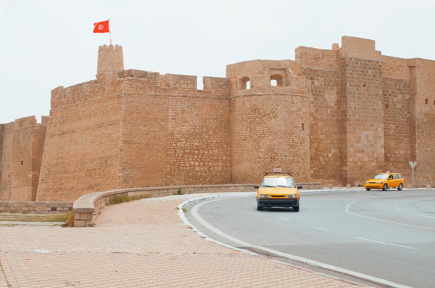 Такси в Тунисе, Тунис.