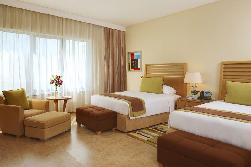Отель Nour Arjaan by Rotana, Фуджейра, ОАЭ.