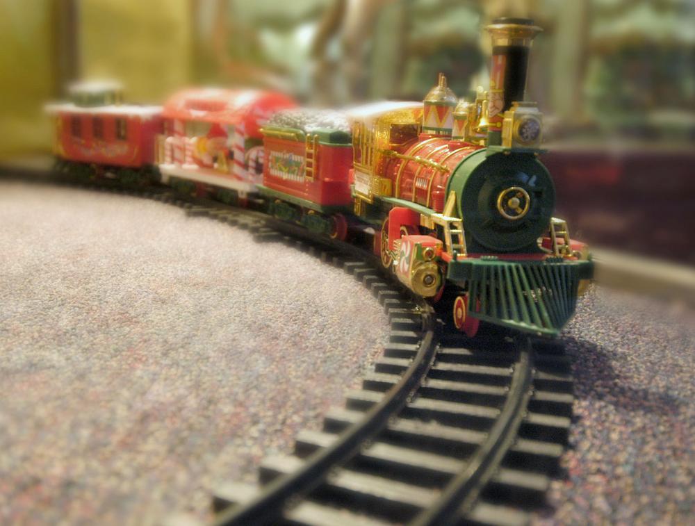 Поезд на Новый год и Рождество