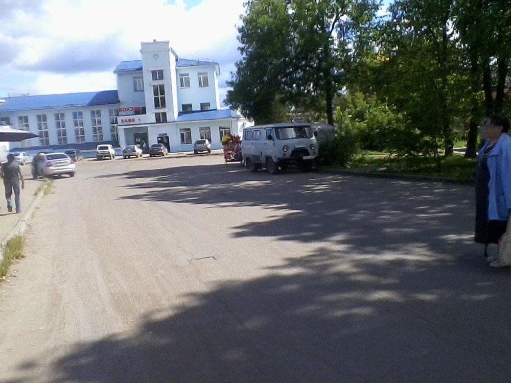 Вокзал Данилов